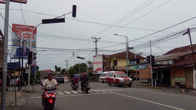 Traffic Light Simpang Farel Pasaribu-Melanthon Siregar Padam