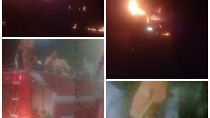 Mobil Pick Up Yang Sering Mangkal Jual Juice Hangus Terbakar