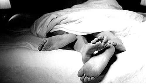 Seorang warga Banjarbaru nekat menghabisi nyawa pria idaman lain (PIL) sang belahan jiwa.