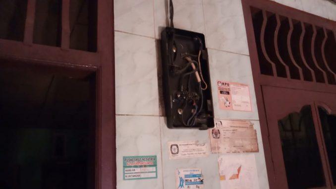 Aliran Meteran Listrik Yang Dicabut Pihak PLN pada Malam Hari