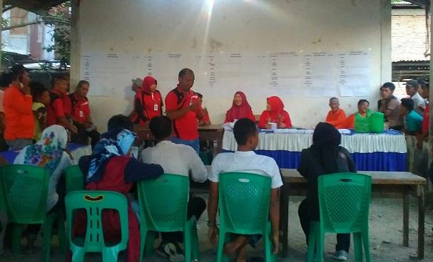 Panitia Pelaksana Pemilihan Pangulu Nagori Boluk, Kecamatan Bosar Maligas saat melakukan perhitungan perolehan jumlah suara.