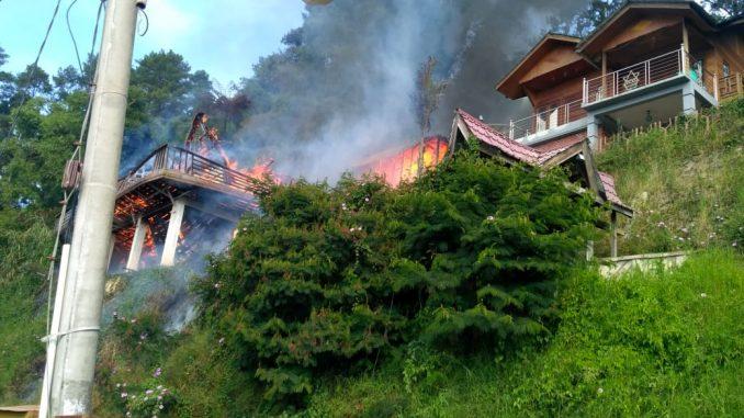 Ket foto : kondisi Mess Purba Mergana yang di Lalap sijago merah, Senin , (08/07) 2019