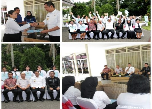 11 bidan yang selama ini berstatus Pegawai Tidak Tetap (PTT) menerima Surat Keputusan (SK) pengangkatan sebagai Calon Pegawai Negeri Sipil (CPNS) Pemko Pematangsiantar