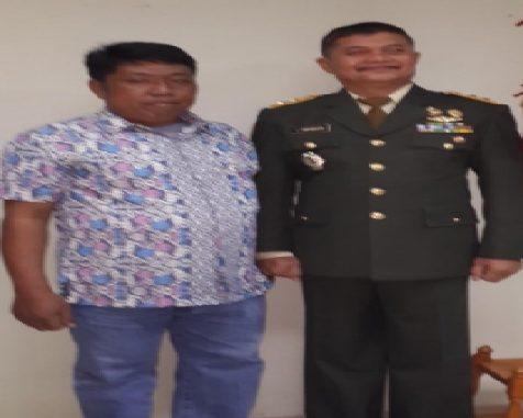 Tumbur Napitupulu SE Bersama Mayor jenderal TNI (Purn) Sakkan Tampubolon.