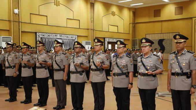 Kapolda Sumut melantik 5 Kapolres Baru. Serah terima jabatan PJU dan Kapolres Jajaran di Polda Sumut, bertempat di Aula Tribrata Lt. I Mapolda Sumut.