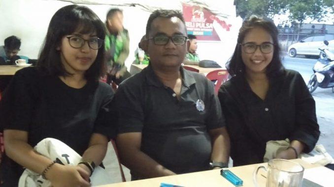 Para Pencetus Gerakan Toba Bersih Acara Ngobrol Santai yg di adakan oleh GO TOBA BERSIH ini di laksanakan di Kantor Sekretariat Gerak Go Toba Bersih yg ada di jalan Patuan Nagari No.73 Kota Balige
