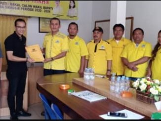 Rahmat B Manurung ( 38 thn ) untuk mendaftarkan diri sebagai Balon Bupati Toba Samosir ke Partai Golkar pada kontestasi Pilkada 2020 yang akan datang