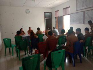 Camat Sigumpar, Jaga Situmorang bersama para Kades se Kecamatan Sigumpar, Selasa (19/11/2019)