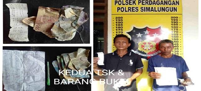 Kedua TSK, Muhammad Usman Binter Nainggolan alias Binter (Kiri) & Sarifudin Manik alias Ucok (Kanan) Berikut Sejumlah Barang Bukti Saat Di Mapolsek Perdagangan, Senin (13/01/2020)