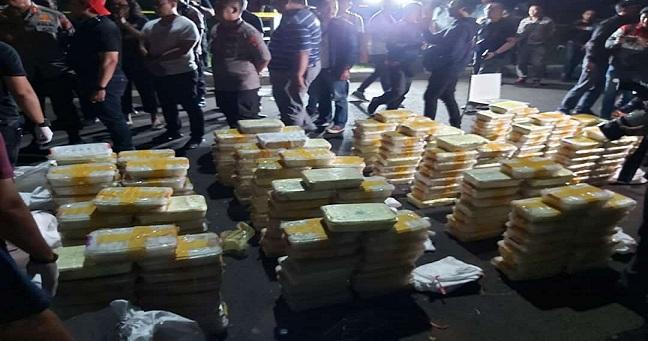tim gabungan Opsnal Subdit 2 dan Subdit 3 Dit Narkoba Polda Metro Jaya berhasil menggagalkan pendistribusian sabu sabu seberat 288 (Dua Ratus Delapan Puluh Delapan) kilogram