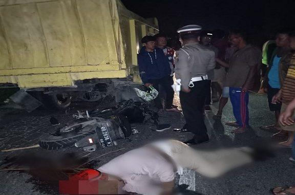 Udut Napitupulu tewas di lokasi kejadian setelah menabrak satu unit Dump Truck Colt Diesel yang sedang berhenti, Rabu, (26/2/2020) pukul 21.00 Wib.