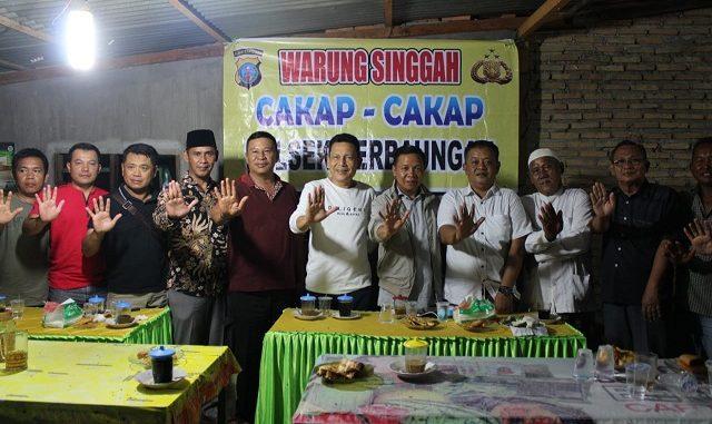 Kapolres Sergai AKBP Robin Simatupang, SH., M.Hum bersama Jajaran dan anggota DRPD Sumut Ir.Loso Mena melaksanakan Program kombur kombur dengan masyarakat 24/2/2020