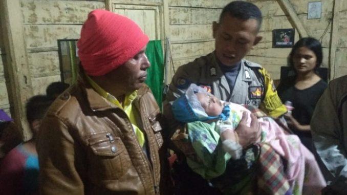 Bayi ditemukan didepan rumah warga Kabupaten Tapanuli Utara (Taput), Kamis (5/3/2020) sekira pukul 20.15 Wib.