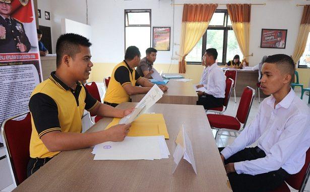 Masa Pendaftaran calon anggota Kepolisian Negara Republik Indonesia (Polri) Taruna Akpol, Bintara dan Tamtama Tahun Anggaran 2020 diperpanjang hingga 6 april 2020.