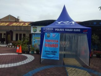 Ket foto : Bilik sterilisasi didepan Satpas SIM Polres Tanah Karo. (Foto. Terkelinbukit