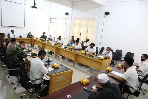 Pertemuan Walikota Pematangsiantar H Hefriansyah SE MM bersama Tokoh Agama, Pemuda dan Pejabat Pemko, Rabu (15/4/2020)