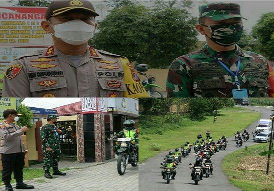 Polres Simalungun bersama TNI dan Dinas Kesehatan Kabupaten Simalungun menggelar Patroli Berskala Besar (PBB), Senin 20 April 2020 pukul 09.00 Wib.