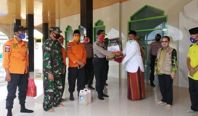 Tim Gugus Tugas Covid-19 Kabupaten Way Kanan mulai melakukan sosialisasi di tempat ibadah , Jumat (12/6/2020)