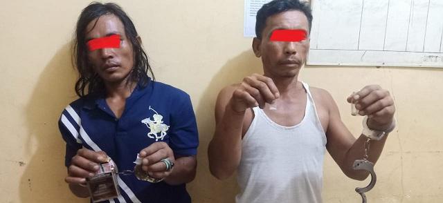 Personel Tekab Reskrim Polsek Pantai Cermin, juga berhasil menangkap dua tersangka, yaitu, Edi Susanto alias Edi (41) dan Daniel Simanjuntak alias Gondrong (30).