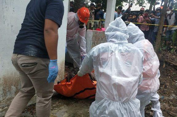 SEMPAT menggegerkan warga kota Pematang Siantar atas temuan mayat membusuk tanpa identitas (Mr X) dekat Rumah Dinas Wali Kota Pematang Siantar di Taman Kehati jalan MH Sitorus pada Sabtu 20 Juni 2020 sekira pukul 13.00 WIB