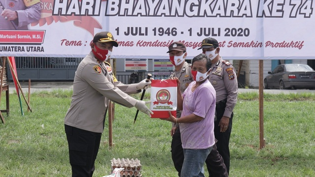 Kapolres Simalungun AKBP Agus Waluyo SIK di Lapangan Haji Ulakma Kec.Siantar Kabupaten Simalungun pada Jumat (26/6/20) sekitar pukul 11.00 WIB