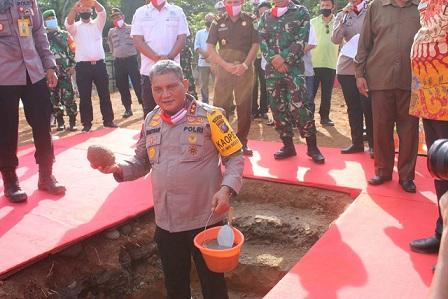 Kapolda Sumut, Irjen Martuani Sormin, meresmikan pembangunan Gedung Sat Reskrim Polres Serdang Bedagai. Khamis (9/7/2020)