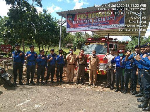 Serah terima mobil damkar di kecamatan Sukakarya kabupaten Musi Rawas provinsi Sumatera Selatan, Senin (6/7/2020)