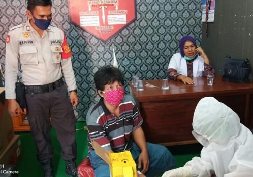 12 Tahanan di RTP Polsek Serbelawan Kecamatan Dolok Batu Batu Nanggar Kabupaten Simalungun Provinsi Sumatera Utara, Rabu (29/07/2020) sekitar pukul 10.00 WIB.