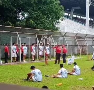 Sebanyak 130 peserta seleksi dari sumber calon taruna Akpol pada penerimaan Polri T.A. 2020 Polda Sumatera Utara mengikuti tes kesamaptaan jasmani di Lapangan Unimed dan renang, pada hari Senin (13/07/2020)