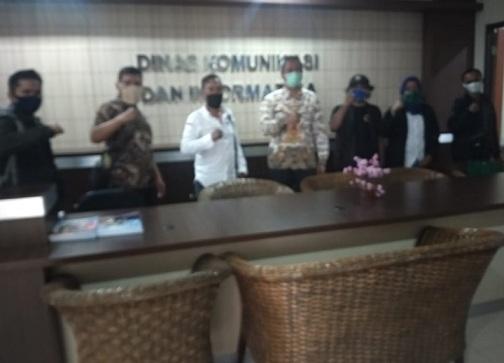 Perkumpulan Wartawan Online Independen (PWOIN) Kota Depok melakukan tatap muka dengan Lian Lubis Sekjend DPP PWOIN Jakarta di Jln, Otista A1 Cawang, Rabu (01/06)