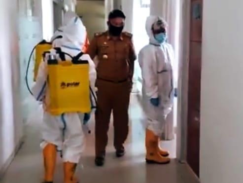 Kantor Sekretariat Pemerintah Daerah Kabupaten di sterilisasi
