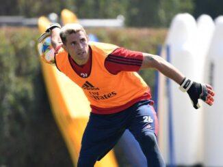 Emiliano Martinez saat berlatih bersama Arsenal.(TWITTER.COM/emimartinezz1)