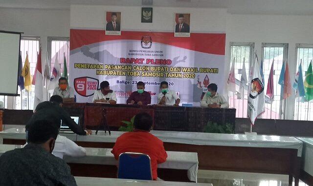 Rapat pleno penetapan calon Bupati dan Wakil Bupati digelar di Aula Utama KPU Tobasa, Rabu (23/09/2020) sekira pukul 10.00-12.00 WIB.
