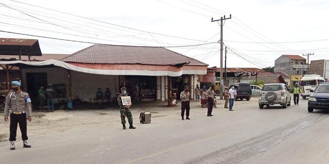 Penegakan disiplin kesehatan di Kabupaten Toba, Rabu (16/09/2020) sekira pukul 10.00 Wib