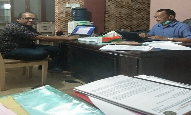Advokat Julfan Iskandar. SH dan Advokat AKBP (P) Jahiras Manurung. S.H. M.Hum, dari Kantor BBH Dan Advokasi Ham Jurnal Polisi News (BBH&AHJPN) selaku Penasehat Hukum dari Dongan Torang Pangaribuan