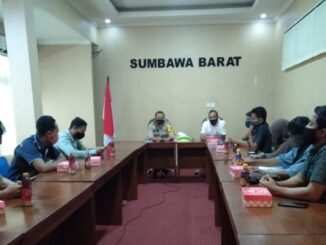 Kapolres Sumbawa Barat AKBP Herman Suriyono, SiK MH mendapat Kunjungan Silaturahmi mahasiswa HMI(Himpunan Mahasiswa Indonesia bersama) Cabang Sumbawa Barat
