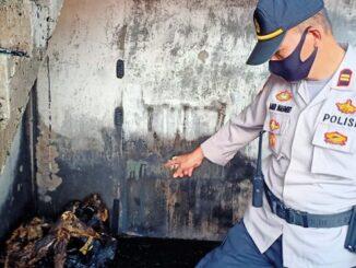 Tubuh kedua perempuan ditemukan hangus terbakar dibawah tangga Ruko, Minggu(18/10/2020)