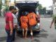 Keterangan Foto : Tersangka saat akan dibawa untuk ke Mapolrestabes Medan