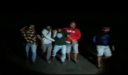 """""""(MT) berhasil ditangkap di Dsn. Ketapang, Dsn. Batu Putih, Kec. Sekotong, Kab. Lombok Barat"""