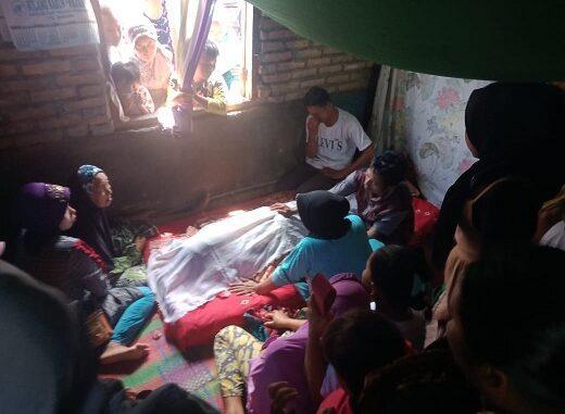 rumah duka di Dusun 1 Desa Arapayung