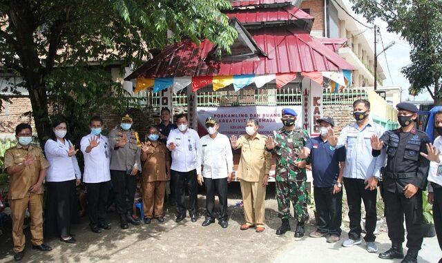 Kegiatan Pencanangan Kelurahan Karo Bersinar diluncurkan di Jambur Merga Silima, Jalan Narumonda Bawah, Senin (16/11/2020) dan dihadiri Wakil Walikota Pematangsiantar Togar Sitorus SE MM.