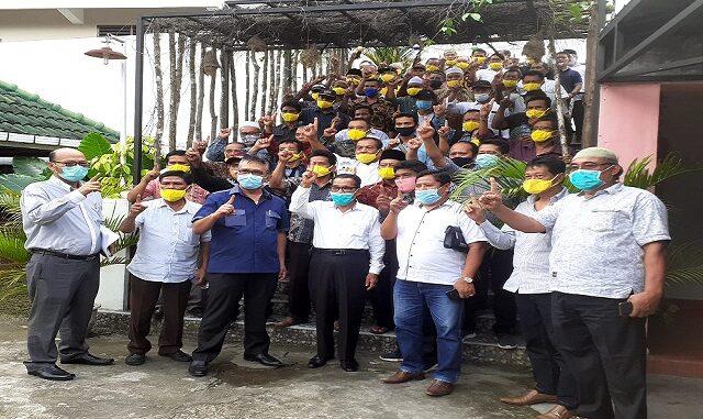Mantan Anggota DPRD, Tokoh Adat dan Tokoh Agama Simalungun Satukan Hati Menangkan RHS-ZW, Kamis (26/11/2020).