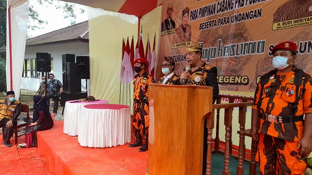 Radiapoh Hasiholan Sinaga – Zonny Waldi (RHS-ZW) diundang Keluarga Besar Putra Jawa Kelahiran Sumatera (Puja Kesuma) Kabupaten Simalungun di Nagori Kandangan, Kecamatan Pematang Bandar, Minggu (08/11/2020).
