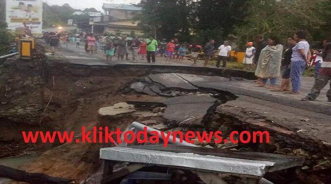 Jembatan Penghubung Tanah Jawa-Hutabayu dan Hatonduhan Putus Total, Sabtu (21/11/2020)