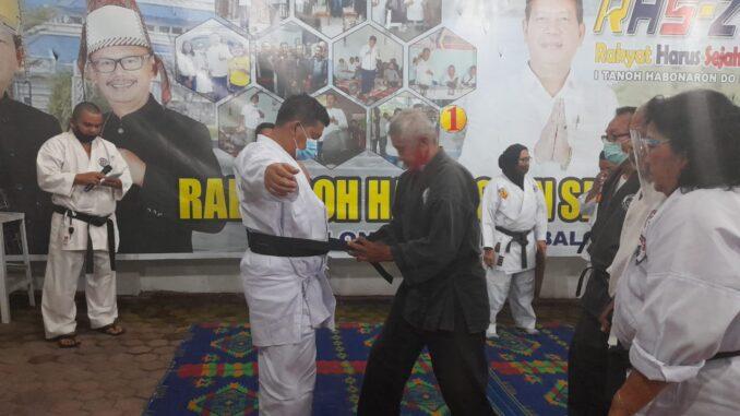 pengangkatan RHS sebagai atlet dengan penyematan sabuk hitam oleh para Dewan Guru Tako, di rumah pribadinya, Rabu (24/11/2020).