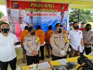 Kapolres Simalungun AKBP Agus Waluyo SIK saat Press Realease akhir tahun di Asrama Polisi (Aspol) Rabu (40/12/2020)