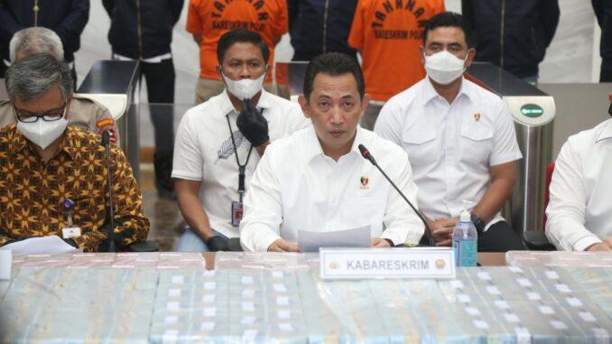 Kabareskrim Polri Komjen Listyo Sigit Prabowo dalam konferensi pers di Bareskrim Polri, Rabu (16/12/2020)