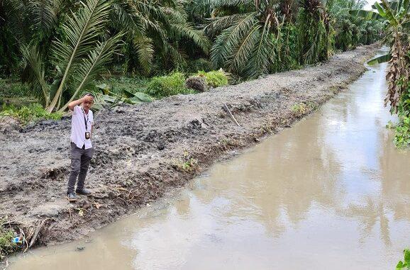 Normalisasi sungai di Desa Sumber Rejo Kecamatan Datok Lima Puluh Kabupaten Batu Bara.