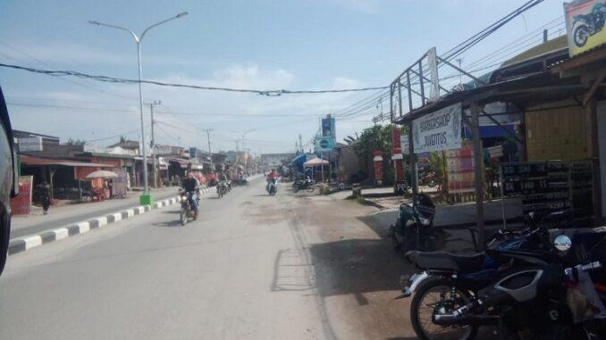 Kabel PLN sekira 15 meter yang berada di Jl Merdeka Tanjung Tiram antara Desa Indrayaman Kecamatan Talawi dengan Desa Suka Maju Kecamatan Tanjung Tiram Kabupaten Batu Bara