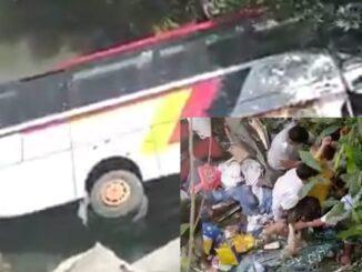 Rombongan ASN Pemkab Agam, Sumatera Barat mengalami kecelakaan di Kabupaten Mandailing Natal, Sumatera Utara, Senin (8/2/2021).